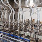 Stroje na plnění tekutin pro systémy plnění lahví